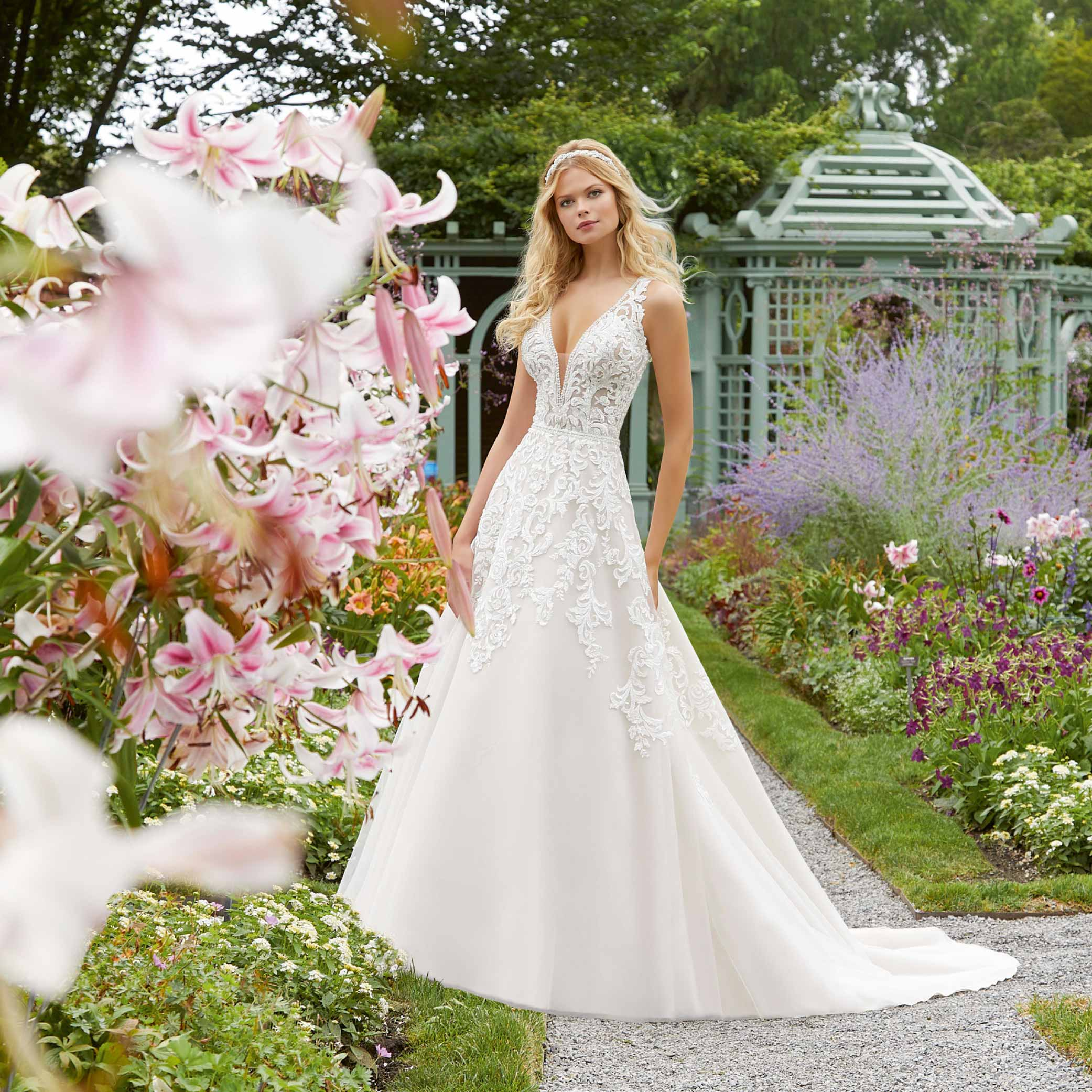 Brand-Moden  Deutschlands größtes Braut- und Festmodengeschäft