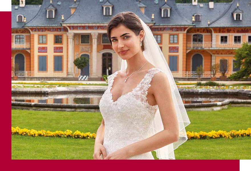 Braut mit Hochzeitskleid, Schleier und Hochzeitsschmuck von Kleemeier, Brand-Moden Leidersbach, Brautaccessoires Frankfurt
